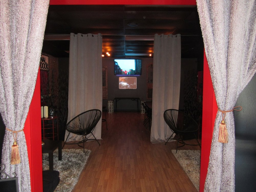 the-final-door-escape-room-columbia-sc-conference-room-6.jpg
