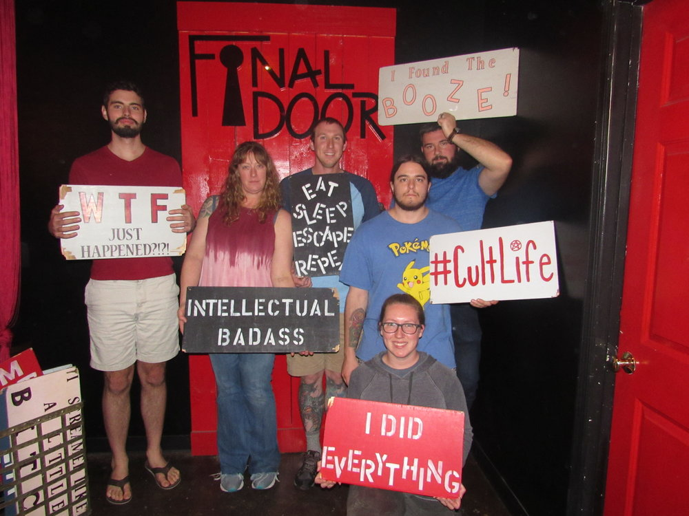 the-final-door-escape-room-columbia-sc-team-photos-nov-09-2018-05.JPG