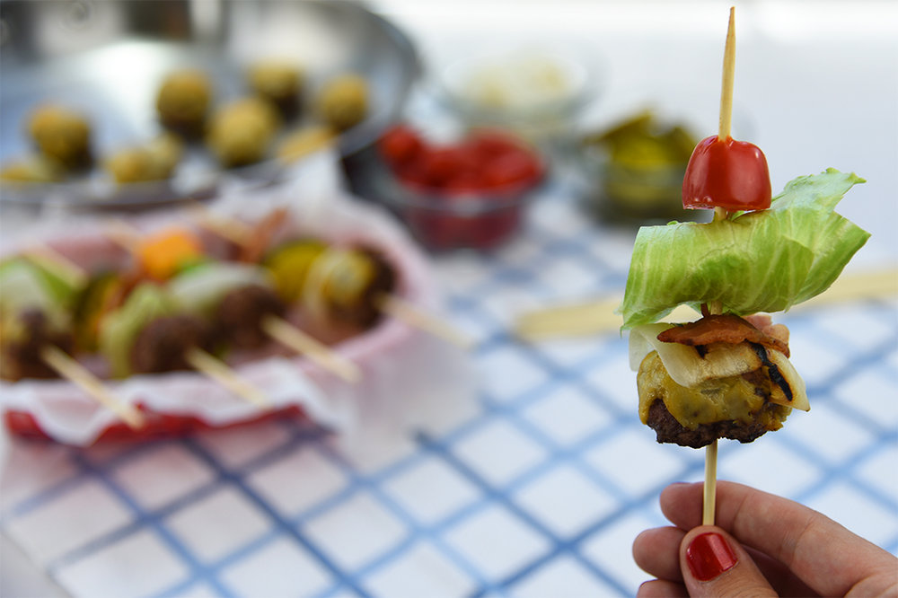 brit + co (aug 2016): these bunless skewer burgers will make labor day hosting a breeze