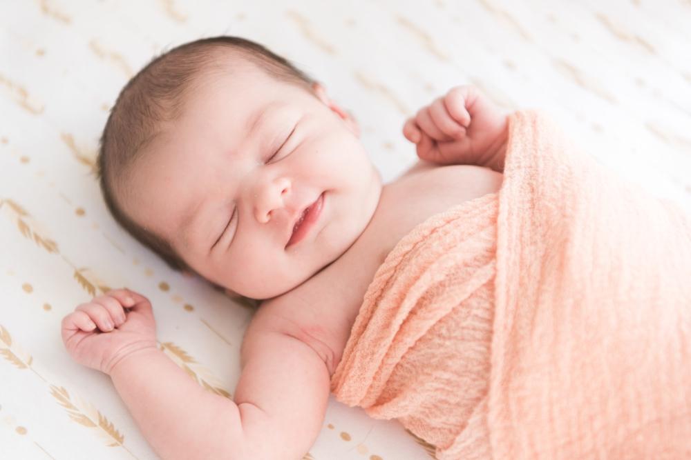 Raelee_newborn-44.jpg
