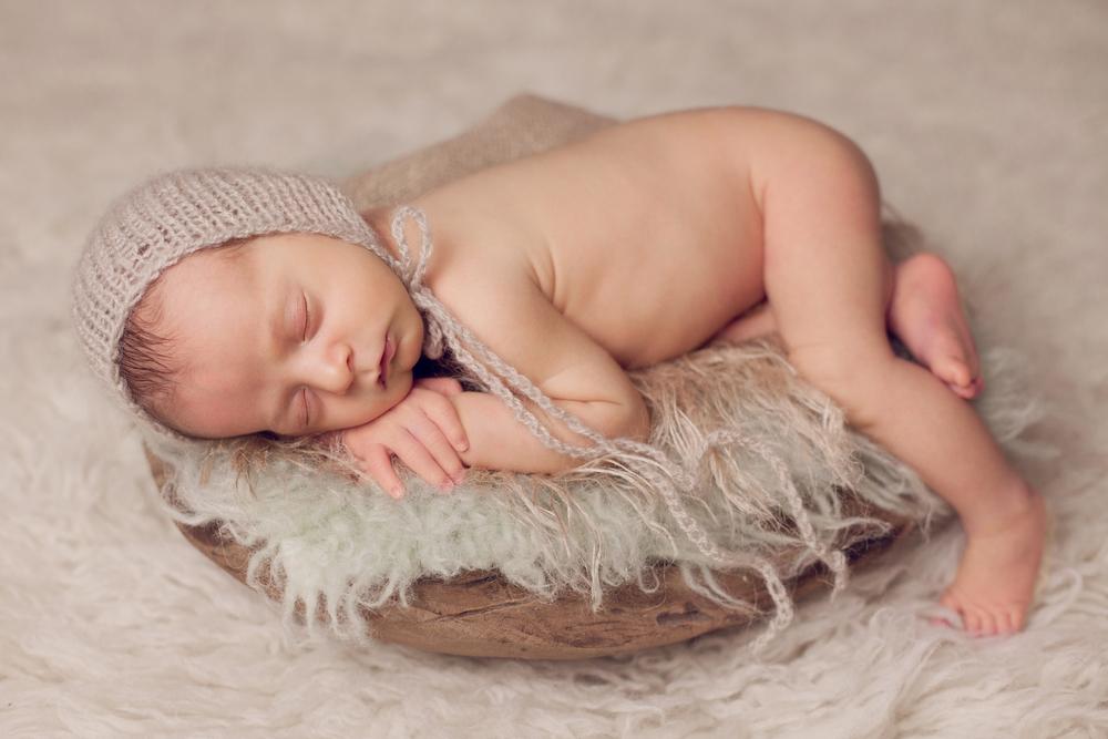 aaron newborn -53.jpg