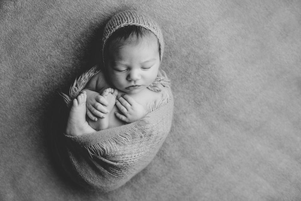 marshall newborn   (84).jpg