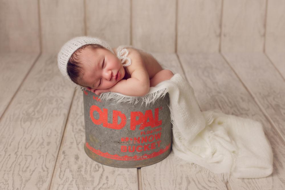 marshall newborn   (95).jpg