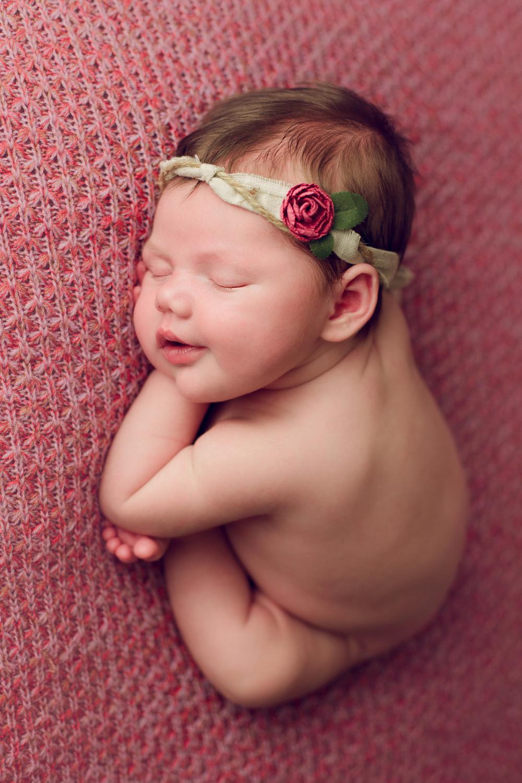 mackenzie newborn  (22).jpg