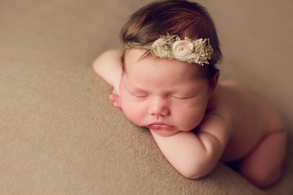 mackenzie newborn  (49).jpg
