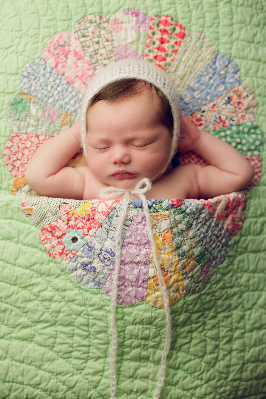 mackenzie newborn  (59).jpg