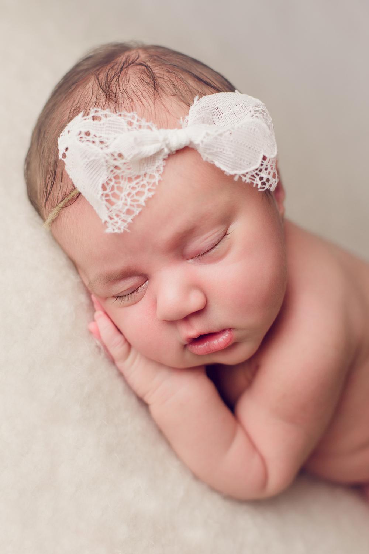 ruby newborn  (28).jpg