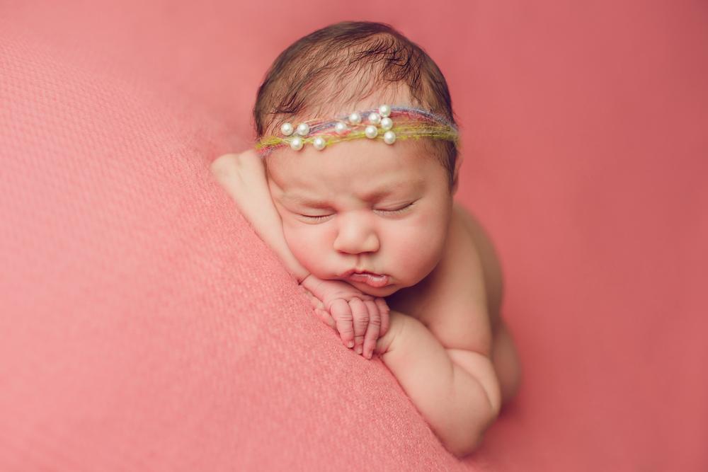 ruby newborn  (34).jpg