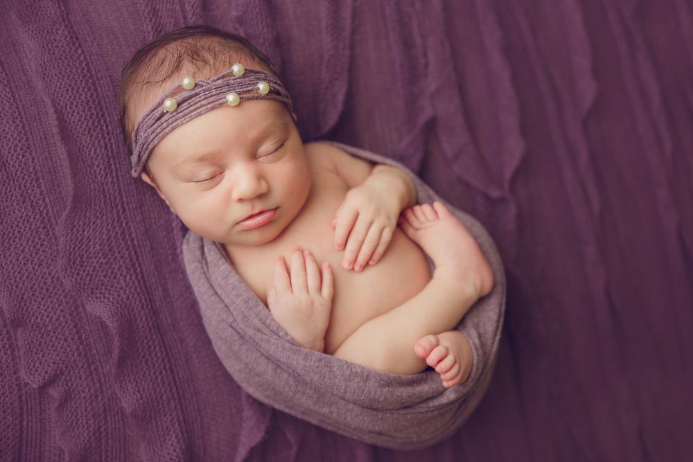 ruby newborn  (69).jpg