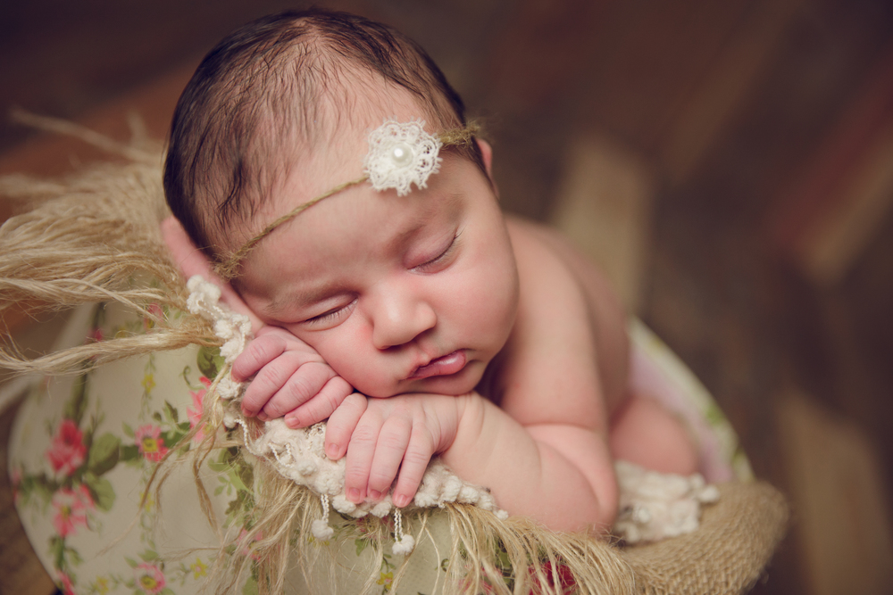 ruby newborn  (84).jpg