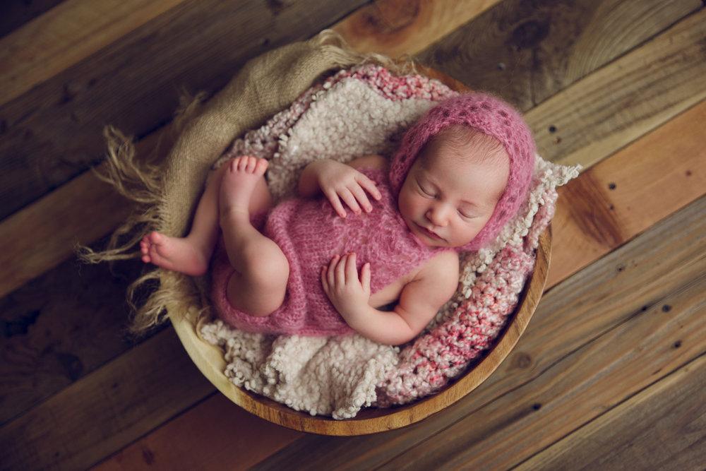bellina newborn  (56).jpg
