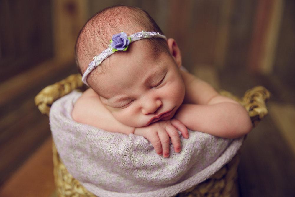 bellina newborn  (60).jpg