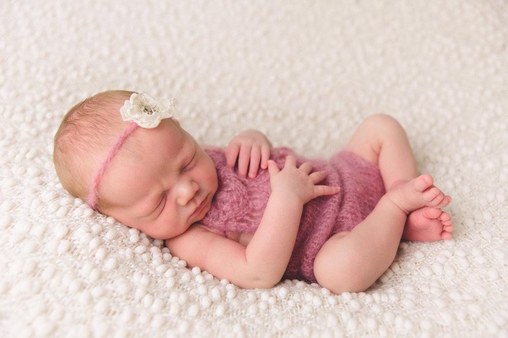 kolette newborn -31.jpg