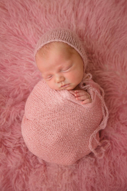 kolette newborn -34.jpg