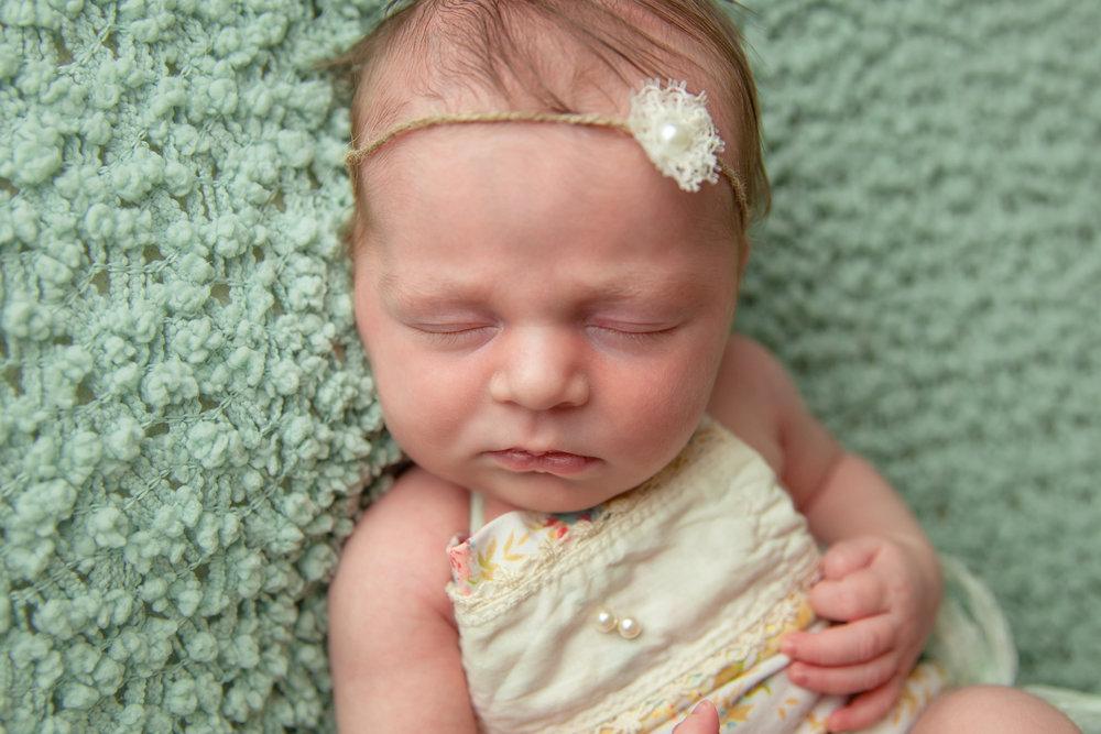 evangeline newborn -51.jpg
