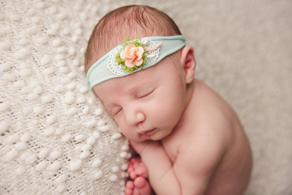 willow newborn photo  (49).jpg