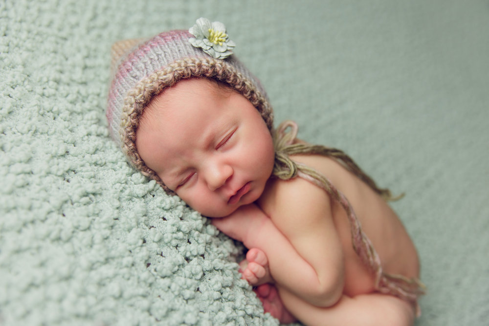 aniela newborn photo  (44).jpg