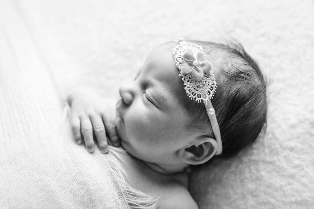 aniela newborn photo  (83).jpg