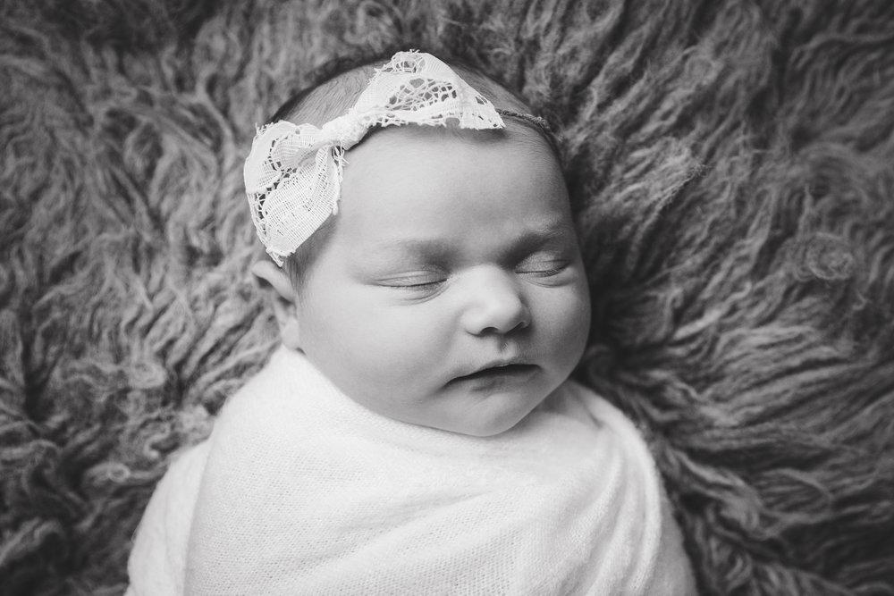 madison newborn  (5).jpg