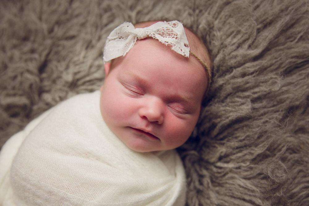 madison newborn  (6).jpg