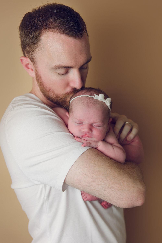 madison newborn  (25).jpg