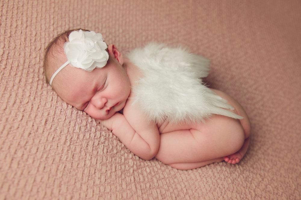 madison newborn  (43).jpg