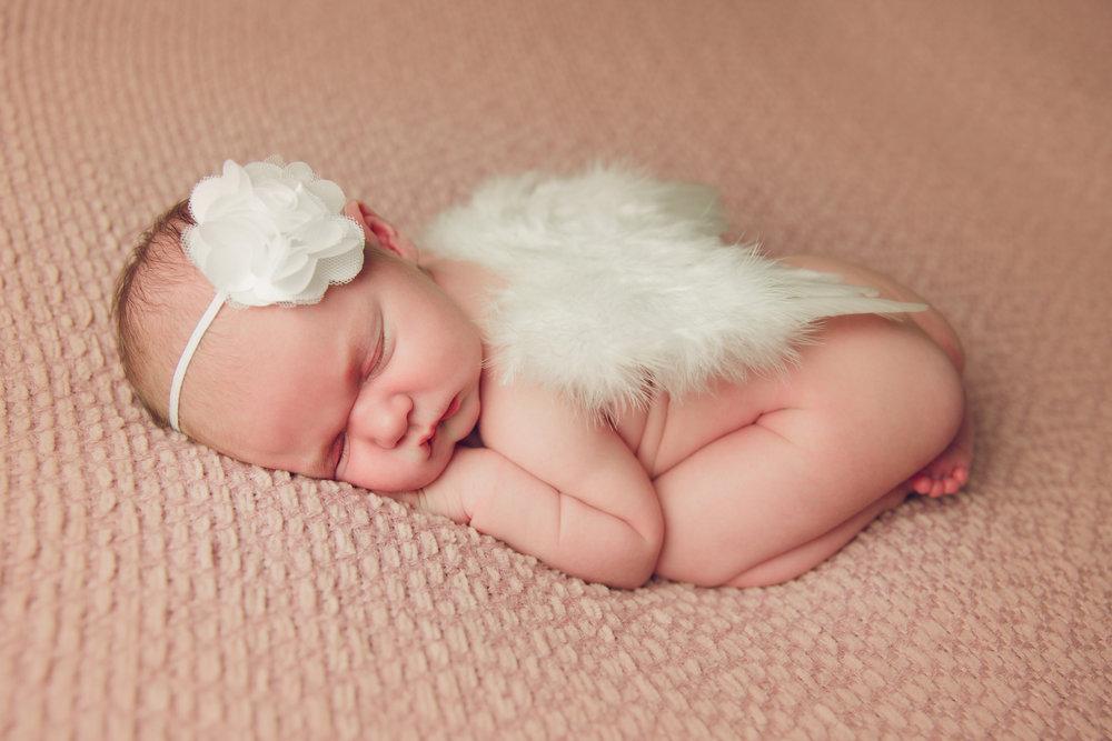 madison newborn  (48).jpg