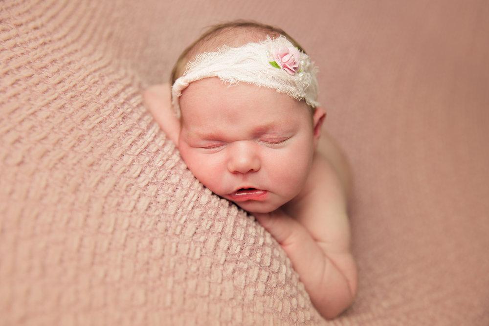 madison newborn  (50).jpg