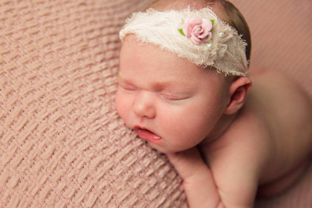 madison newborn  (52).jpg