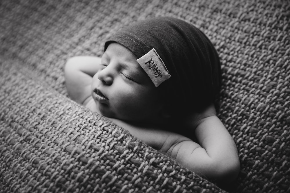 river newborn photo  (58).jpg