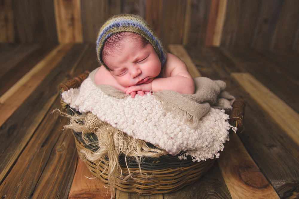 river newborn photo  (78).jpg