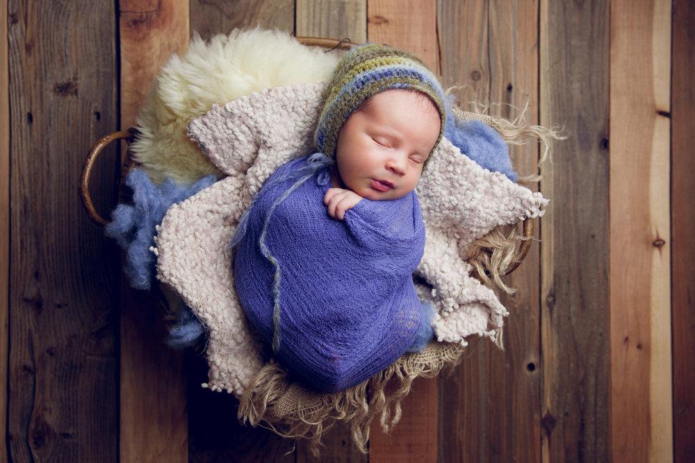 newborn harrison  (69).jpg