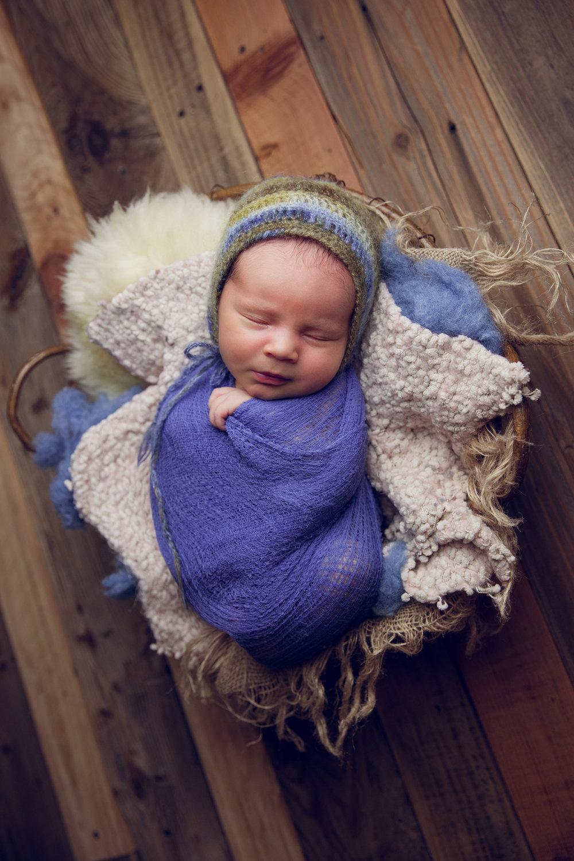 newborn harrison  (79).jpg