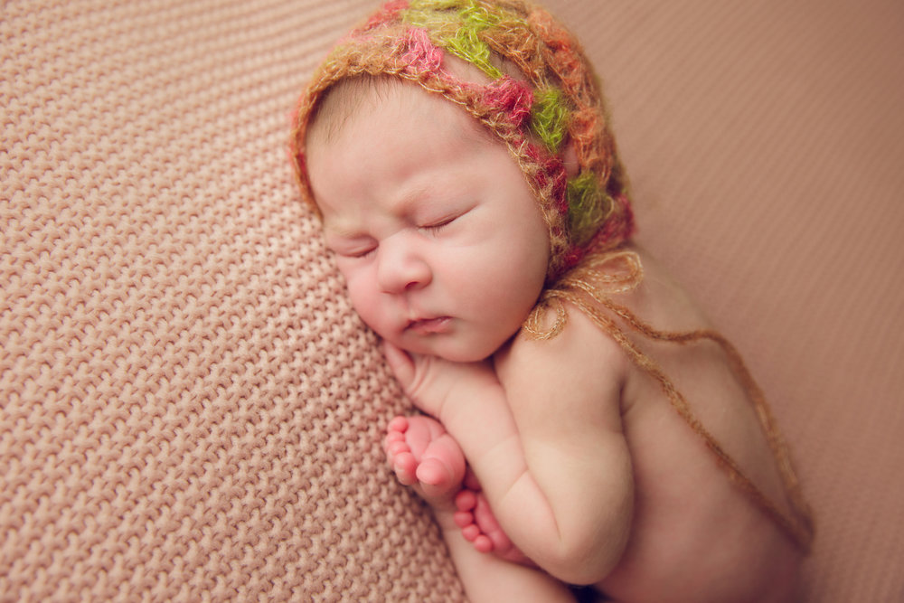 isla newborn  (15).jpg