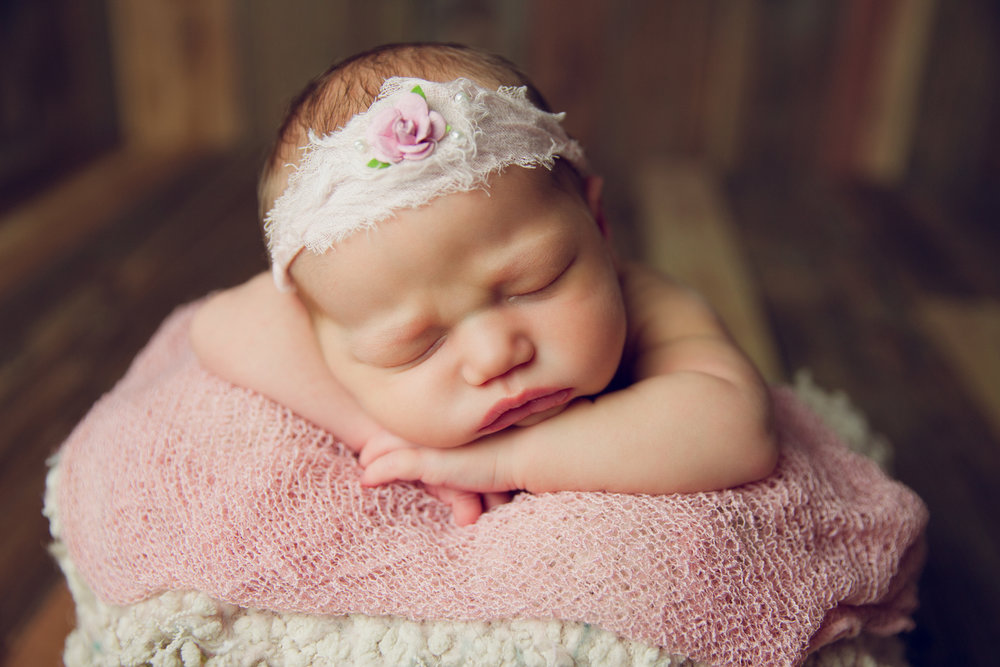 molly newborn photo  (60).jpg
