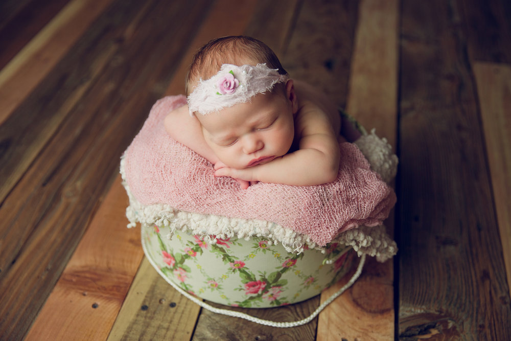 molly newborn photo  (61).jpg