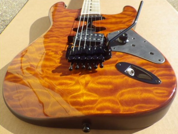Mean Street Guitars Amber Quilt Franky Tour Model pic3.jpg