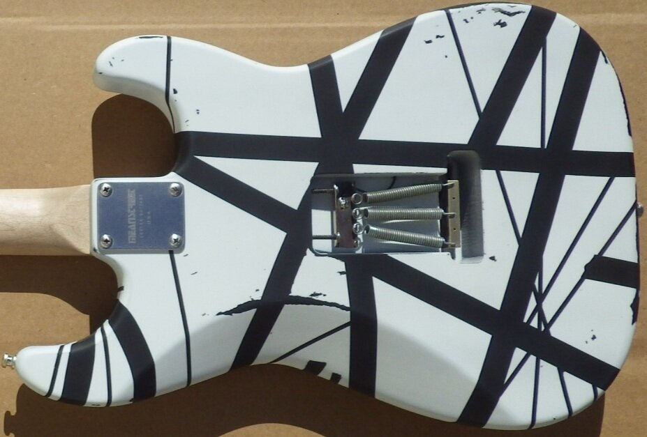 Mean Street Guitars VH1 LH black and white relic Louie D pic 4.jpg
