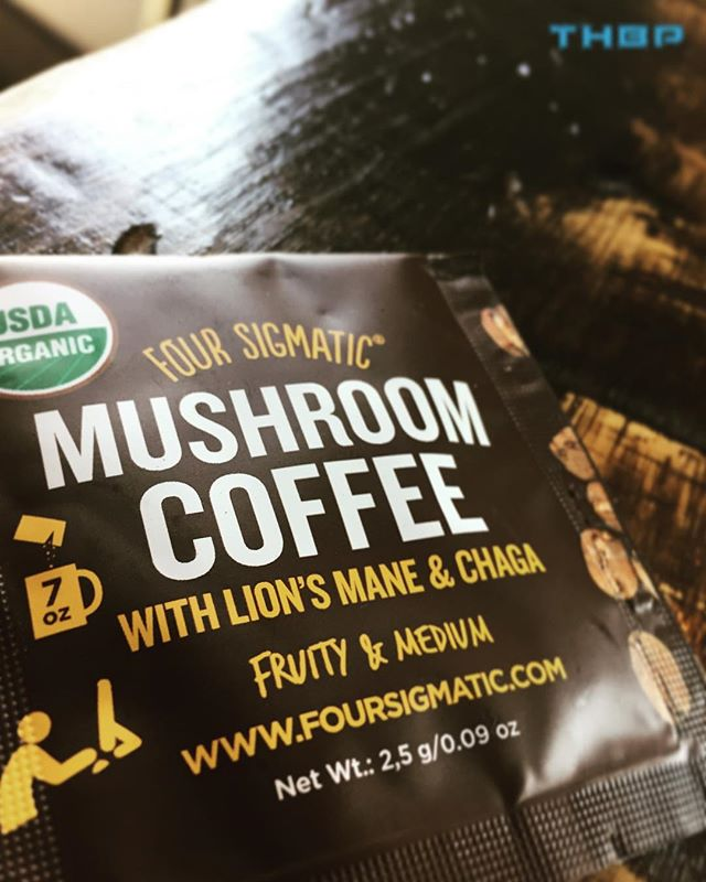 Love this as an afternoon pick me up! Loaded with Lions Mane and Chaga. What is your favorite Four Sigmatic product?! @thehumanbluprint