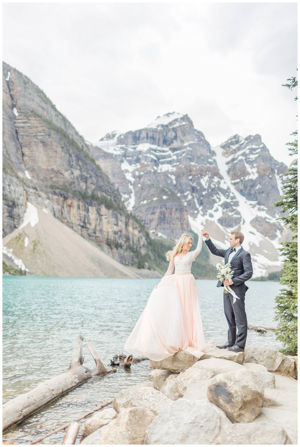 Moraine_Lake_Wedding_0011.jpg