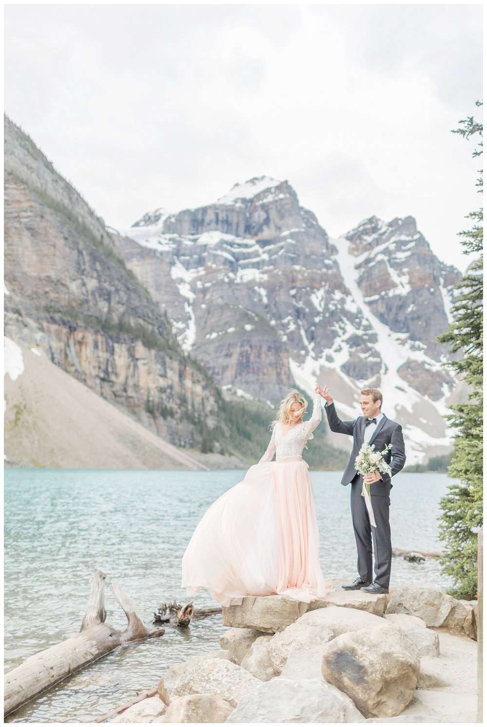 Moraine_Lake_Wedding_0017.jpg