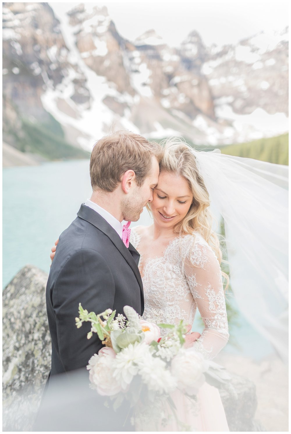 Moraine_Lake_Wedding_0019.jpg