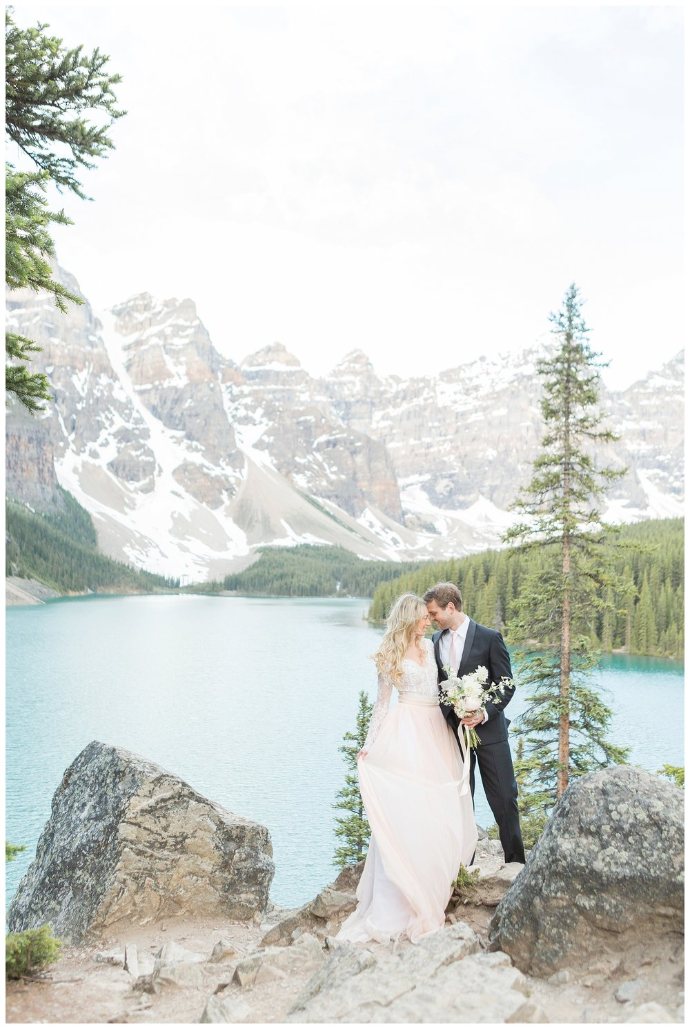 Moraine_Lake_Wedding_0021.jpg