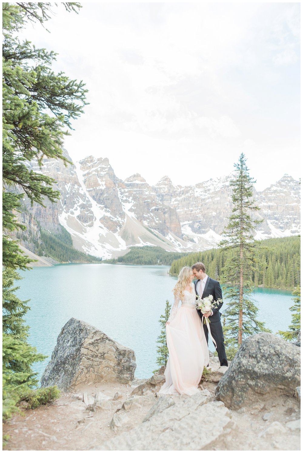 Moraine_Lake_Wedding_0026.jpg