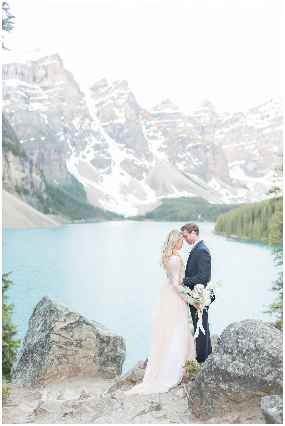 Moraine_Lake_Wedding_0038.jpg