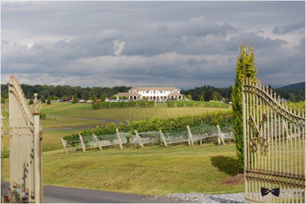 cross keys vineyard wedding.jpg