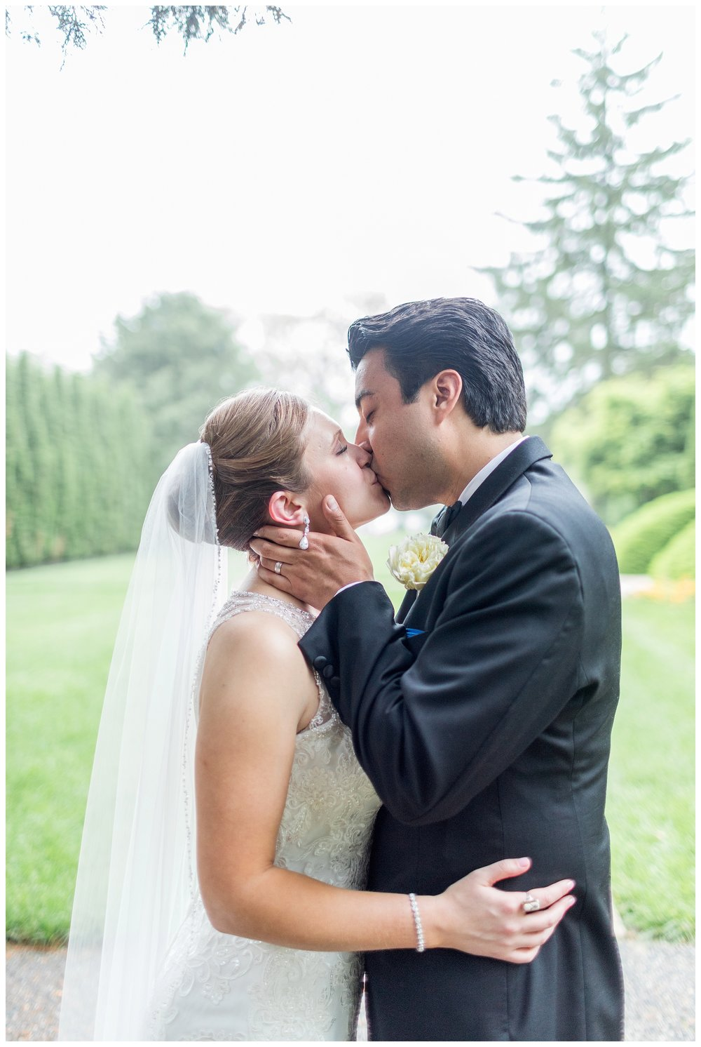 The Mansion at Valley Country Club Wedding Maryland Wedding Photographer Kir Tuben_0037.jpg