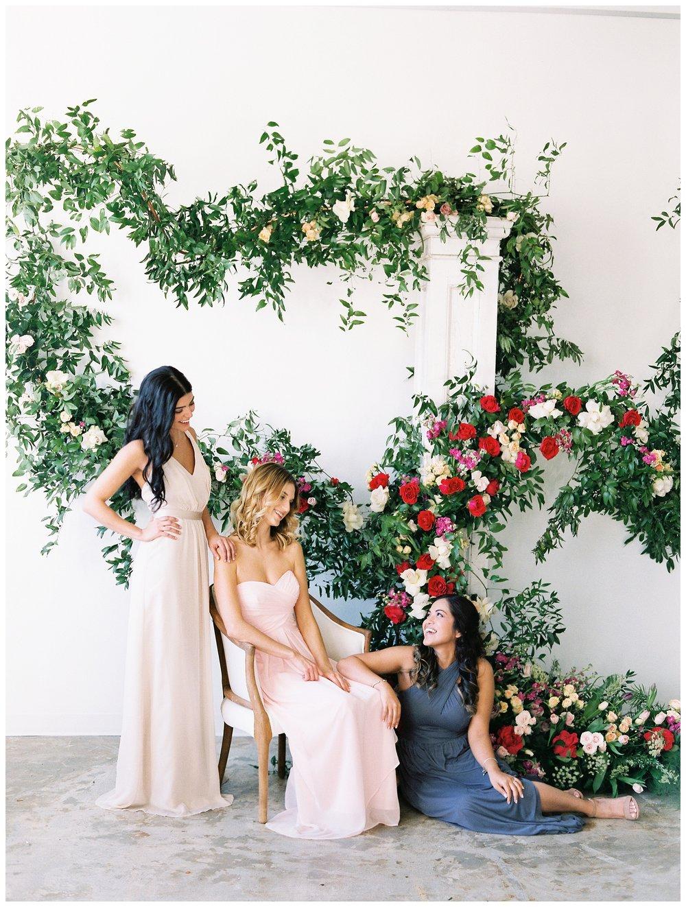 2020_Wedding_Trends_Pantone_0003.jpg