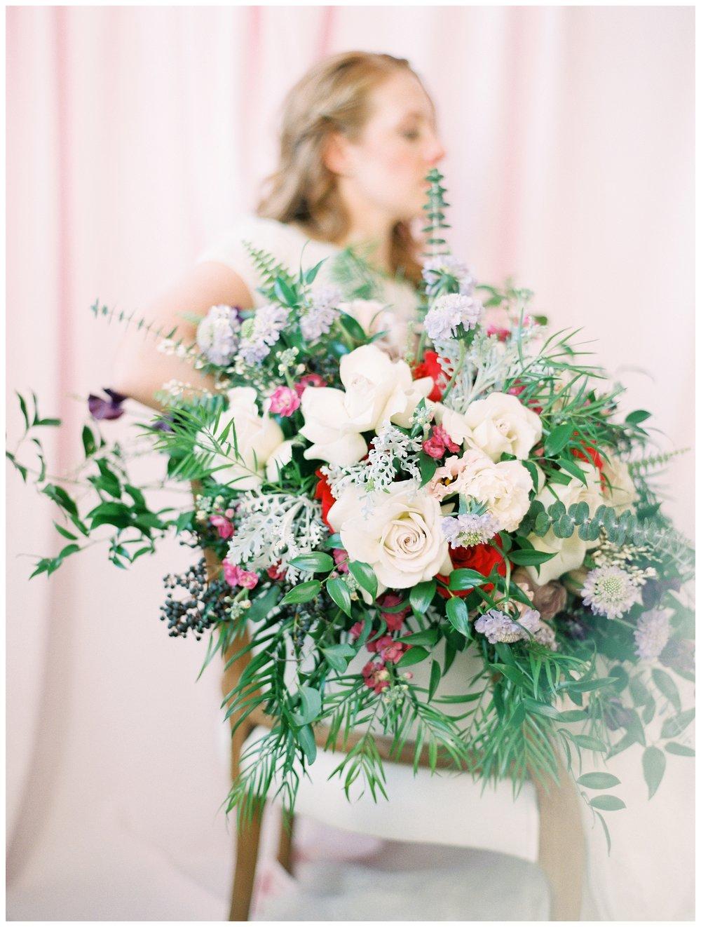 2020_Wedding_Trends_Pantone_0009.jpg