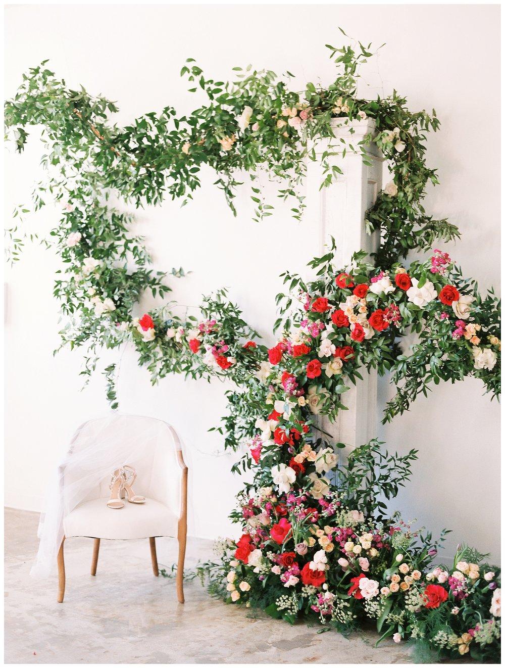 2020_Wedding_Trends_Pantone_0011.jpg
